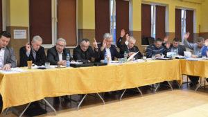 O bezpieczeństwie na XIII sesji rady gminy Tomice