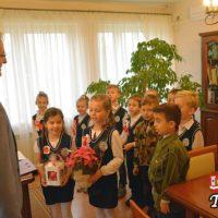 Dzieci z SP Woźniki w Urzędzie Gminy