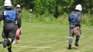Dobre starty naszych drużyn w powiatowych zawodach sportowo-pożarniczych