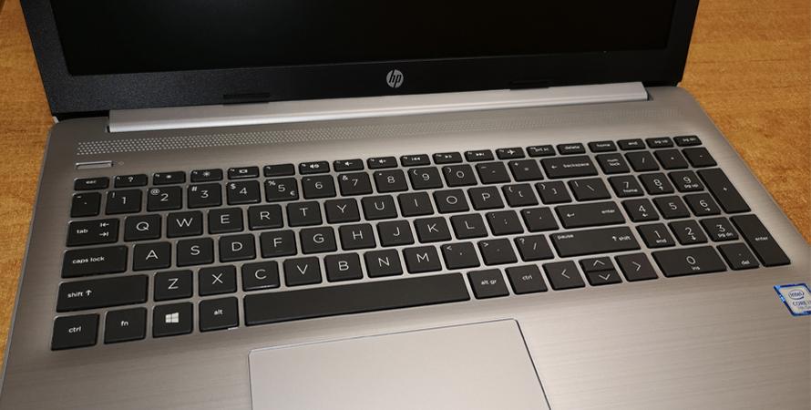 Nowe komputery trafią do uczniów i nauczycieli