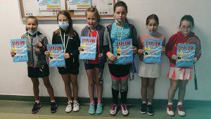 Dobry start badmintonistów w Niepołomicach