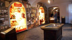 """Komunikat Muzeum """"Dom Rodzinny Ojca Świętego Jana Pawła II w Wadowicach"""""""